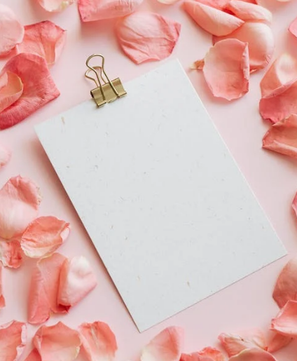 Why is a Box of pink Roses so expensive?